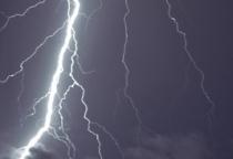 lightning_south_annarbor-thumb-590x393-44841