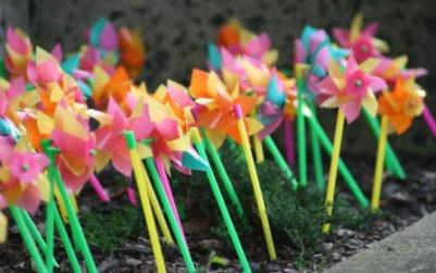gardening_activities_for_kids_windmills