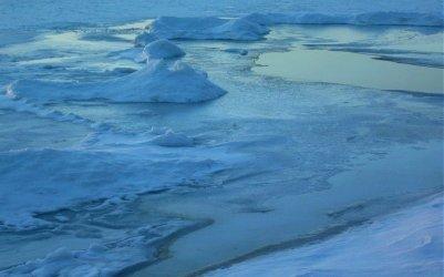 university-of-michigan-ice-on-crystal-lake